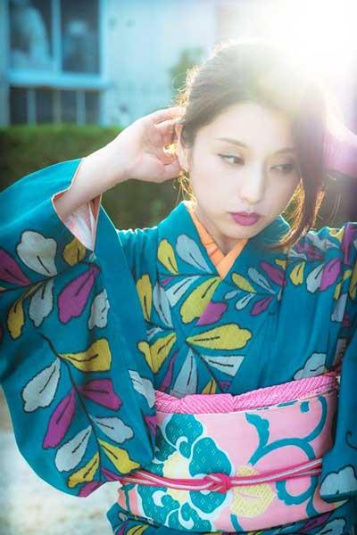 モデル: 田村有紀